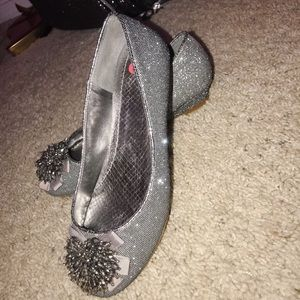 Beautiful sparkly dress shoes